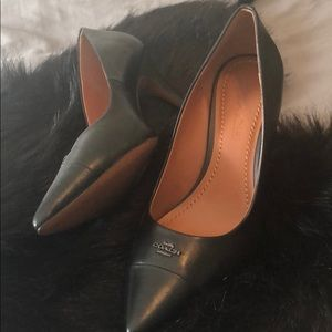Black COACH Heels 👠 👠